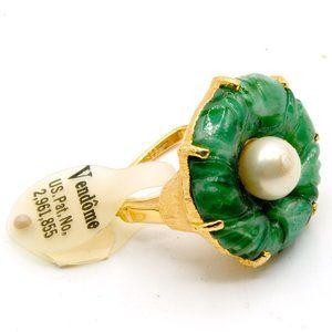 Vendome Square Adjustable Jade Glass Pearl Ring